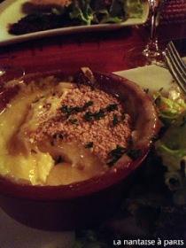 entrée-camembert-rôti-restaurant-grappe-lille