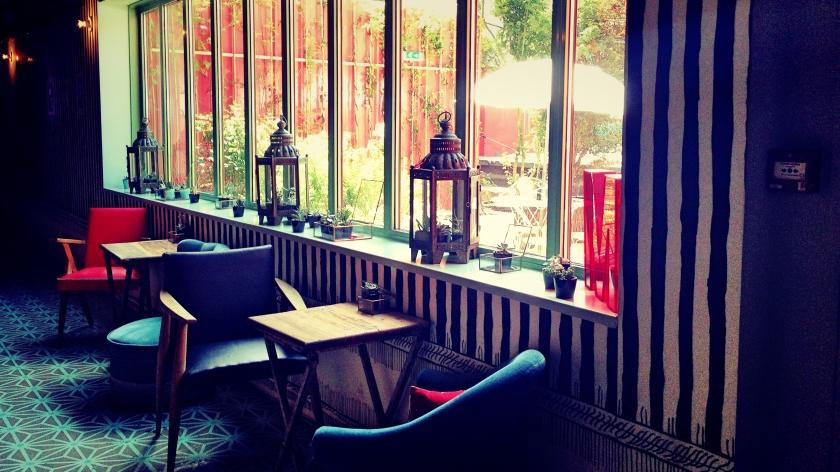 Le Bar à Bulles. LNAP.